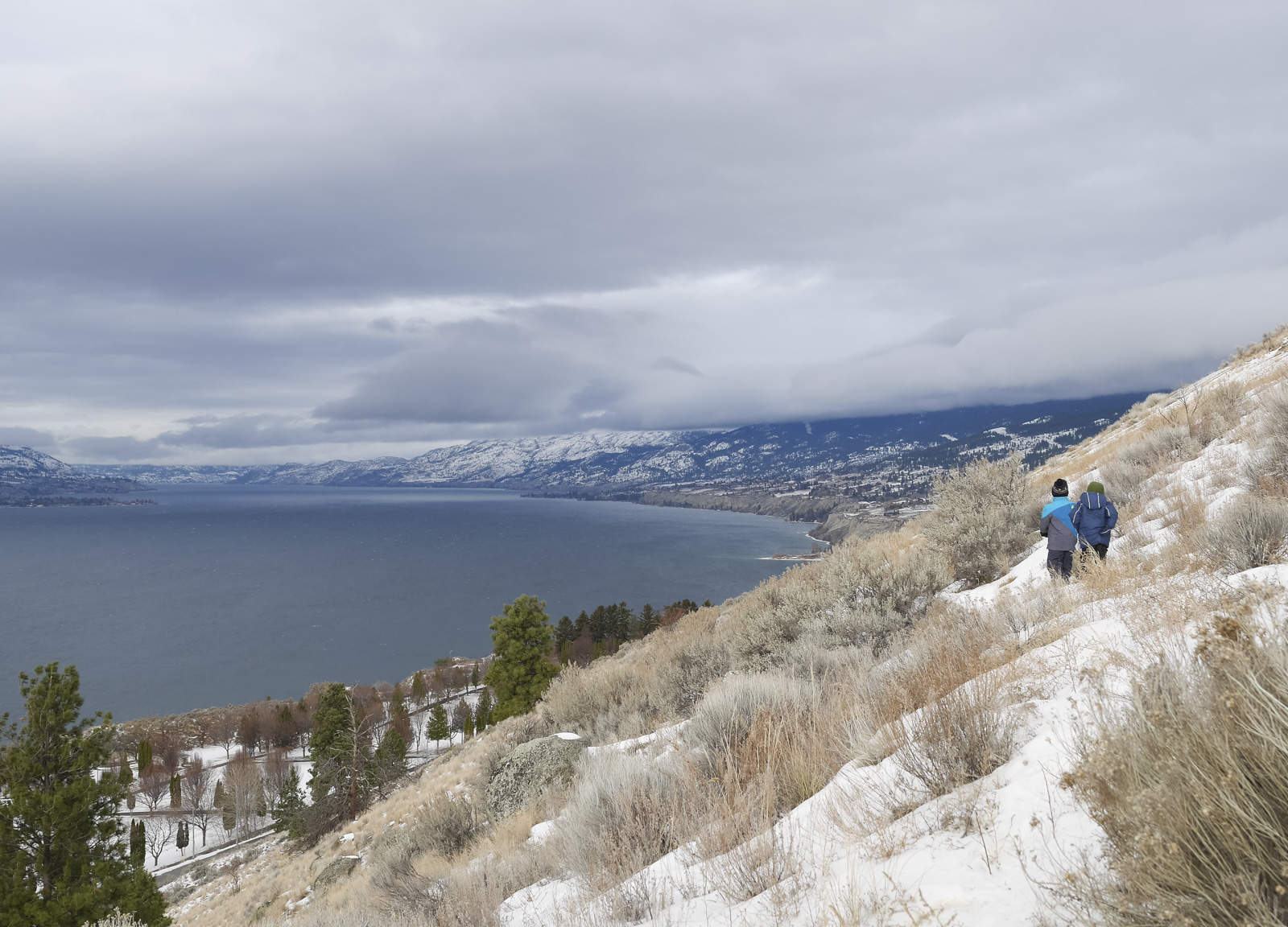 a1e10da881 6 Tips for Winter Hiking with Kids – Backwoods Mama