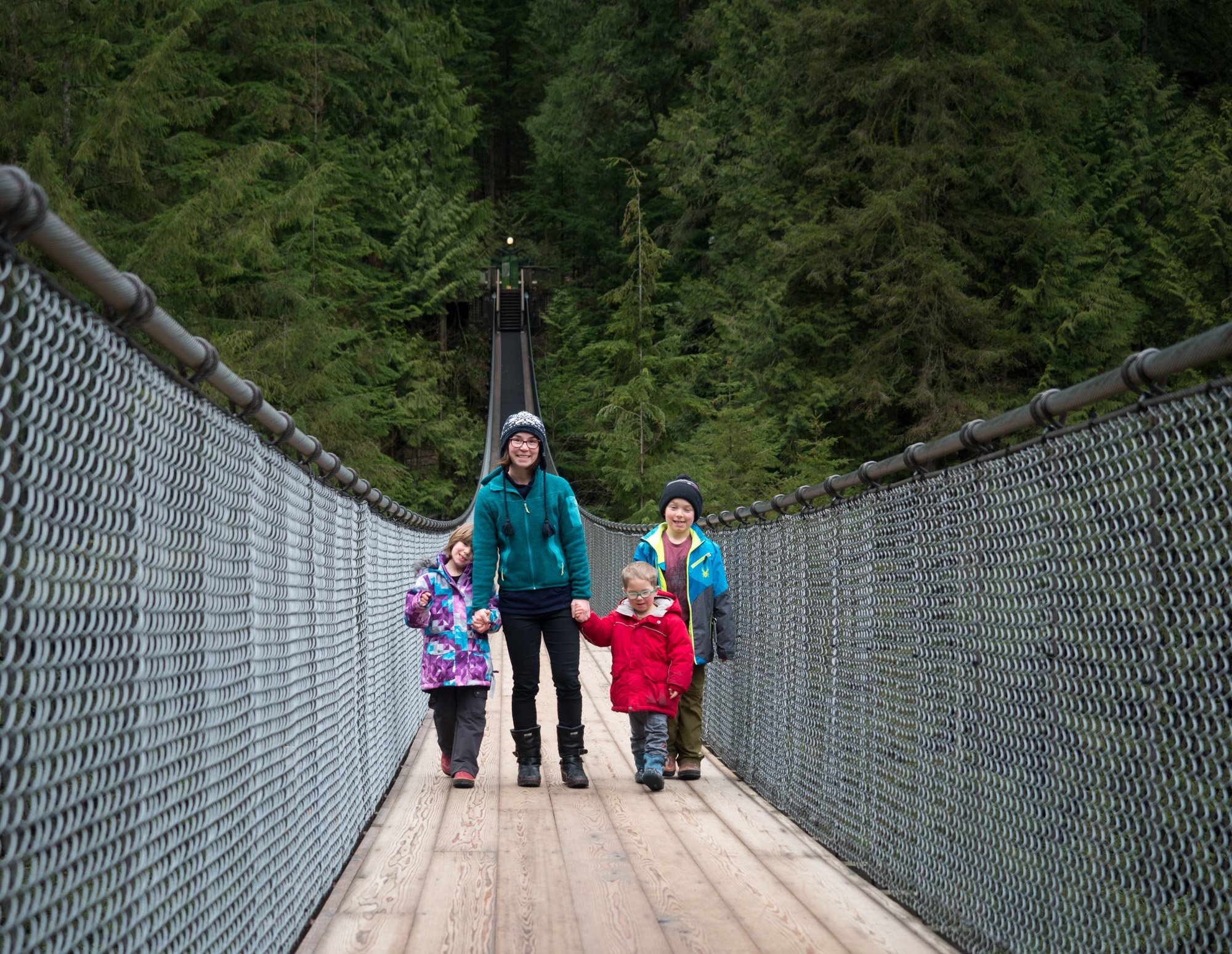 how to get to capilano suspension bridge from vancouver